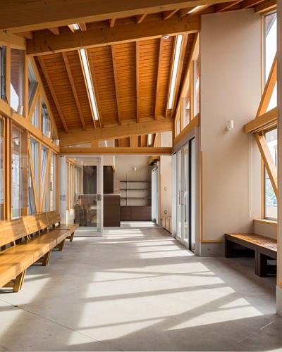 川俣駅西口公衆トイレ待合所